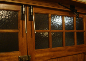 garage-door-holders-1